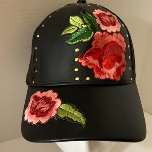 Accessories - New ladies Black pleather cap